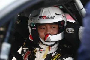 Toyotan japanilaiskuljettaja julkaisi huikean videon - näin WRC-auto kiitää huippuvauhtia kokkolalaisilla ralliteillä – Rallit.fi