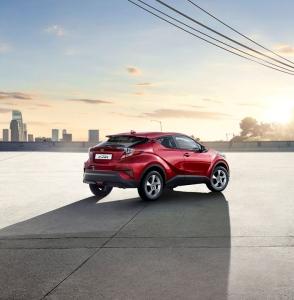 Meiltä nyt rajoitettu erä kattavasti varusteltuja manuaalivaihteisia Toyota C-HR 1.2 T Turbo Edition -malleja nopeimmille. Tervetuloa koeajolle! https://www.nystedt.fi/yritys/tarjoukset-ja-kampanjat/c-hr-1.2-t-turbo-edition.html